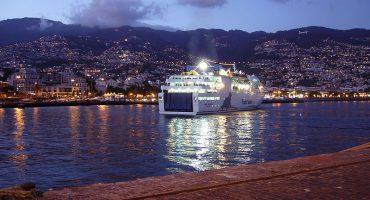 Air Nostrum conectará Bilbao y Valencia con Madeira
