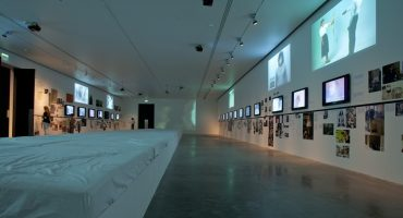 Moscú presenta la exposición «100 años de performance»