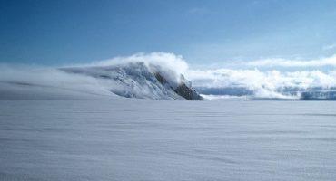 Aumentan las cancelaciones por el volcán Grimsvoetn