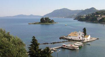 Nuevas rutas de verano desde Madrid a Creta, Santorini y Corfú
