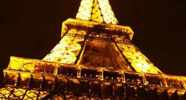 Un paseo bajo las luces de París