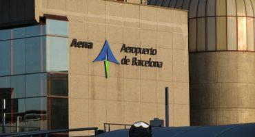 Aena suspende y los pasajeros con origen o destino en España sufrirán retrasos hasta 2014