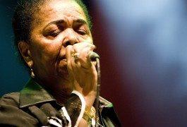 Destinos musicales: tras los pasos de Cesaria Évora en Cabo Verde