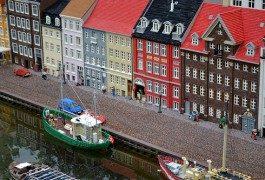 Objetos viajeros: LEGO y su crecimiento continuo, pieza a pieza