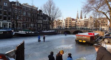 En 2013 patinar sobre hielo en los canales de Ámsterdam será más especial que nunca