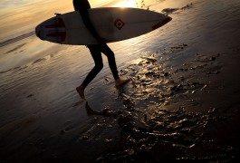 Un poco de surf: olas gigantes en Portugal
