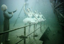 De paseo por una exposición ¿submarina?