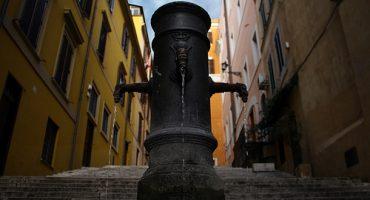 """Los """"Nasone"""", las peculiares fuentes de Roma"""