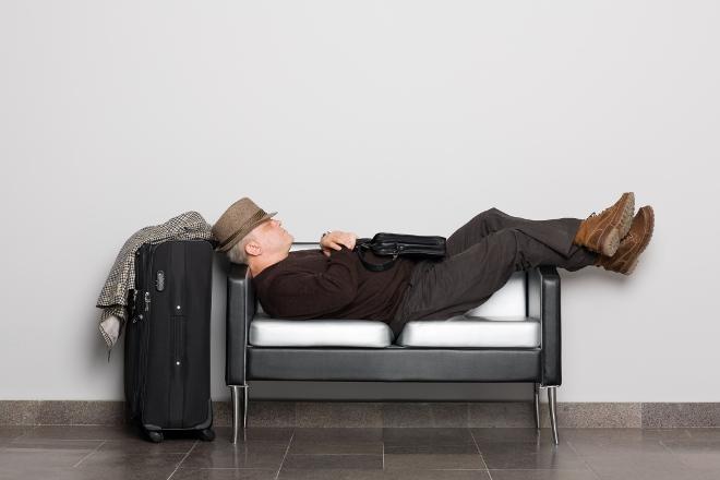 Viajero durmiendo