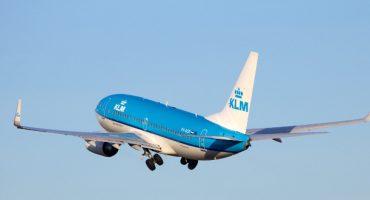 KLM permite pagar a través de Twitter y Facebook