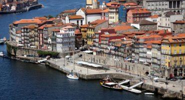 Iberia lanza ofertas para volar a Oporto desde 80 € en octubre