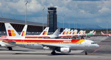 Iberia y Vueling ya permiten el uso de dispositivos electrónicos en todo el vuelo