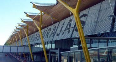 El aeropuerto de Madrid-Barajas cambia su nombre por Adolfo Suárez