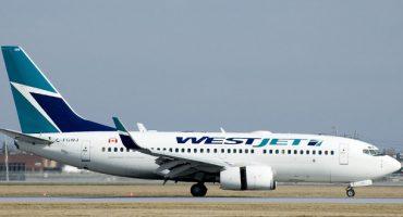 La respuesta de una piloto de WestJet a la nota sexista de un pasajero