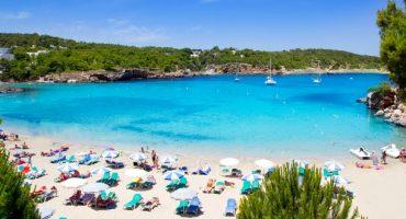 7 vuelos baratos de última hora para ir a la playa en agosto
