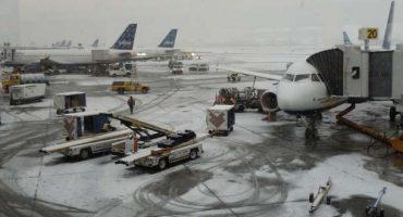 Aeropuertos de Nueva York bloqueados por la nieve