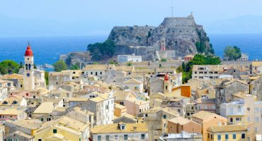 Lleva dinero en efectivo si viajas a Grecia