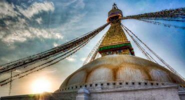 Nepal reabre tras la catástrofe