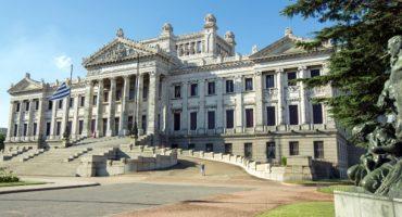 Más vuelos a Montevideo con Iberia