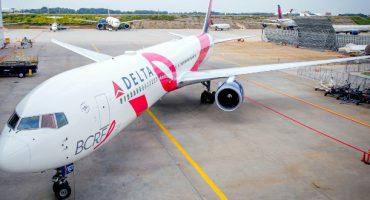 Avión rosa de Delta contra el cáncer