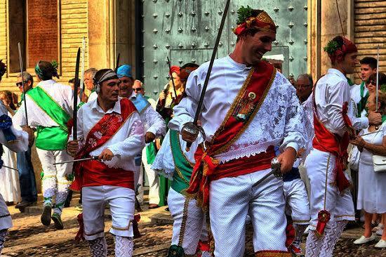 Celebración folclórica tradicional