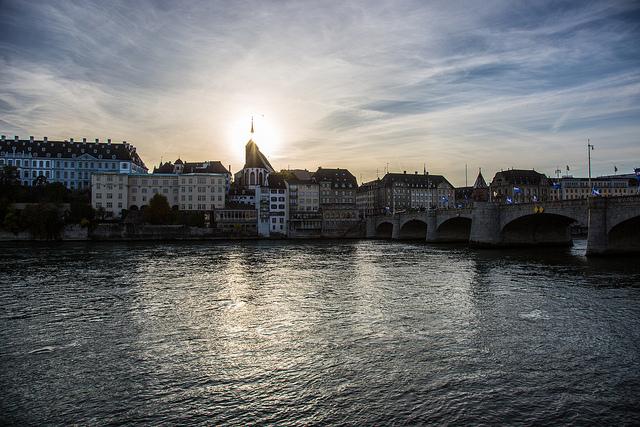 Vista de Basilea desde el río
