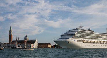 Air Nostrum firma una alianza con Costa Cruceros para transportar pasajeros a sus puertos de Venecia y Trieste