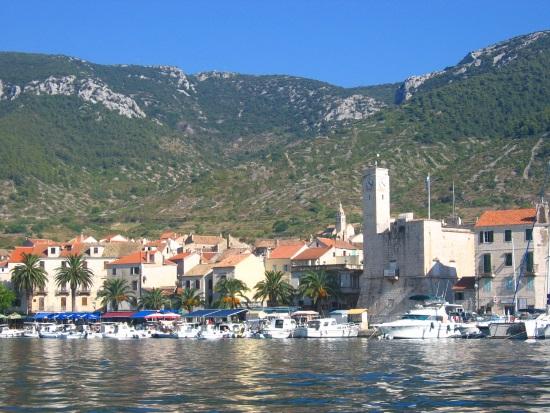 Vis-isla-puerto-Croacia