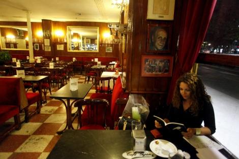 Interior del Café Gijón
