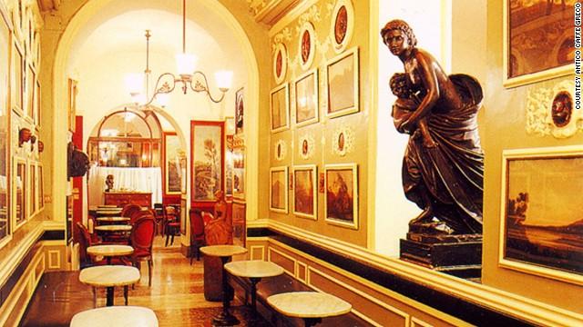Interior del Antico Caffè Greco