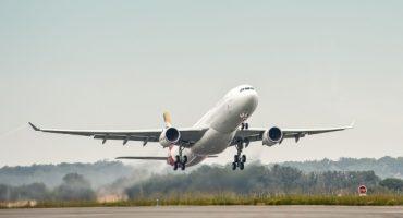 Iberia y Binter acuerdan vuelos a África en código compartido