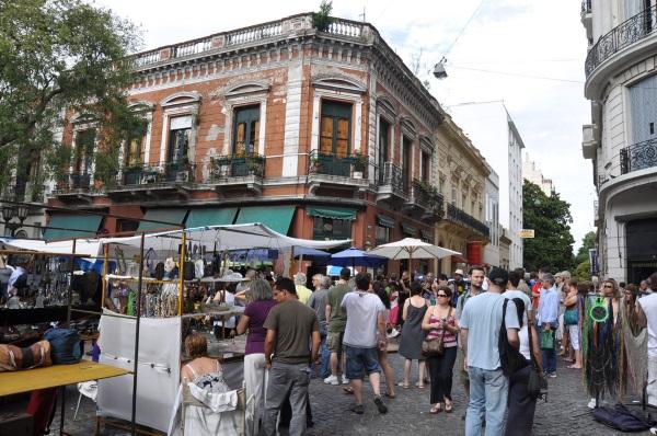 feria-barrio-san-telmo-plaza-dorrego