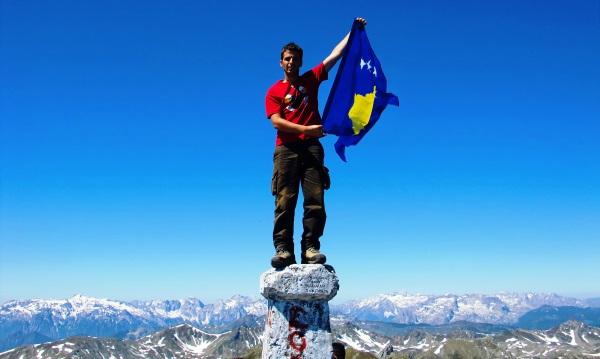 montana-bandera-kosovo-Gjeravica