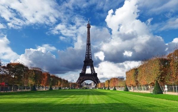 Torre-Eiffel-París