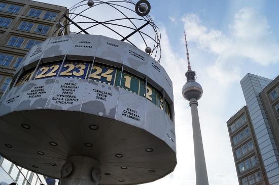 reloj-mundial-torre-tv-berlin