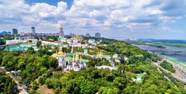 vista-aerea-monasterio-cuevas-kiev