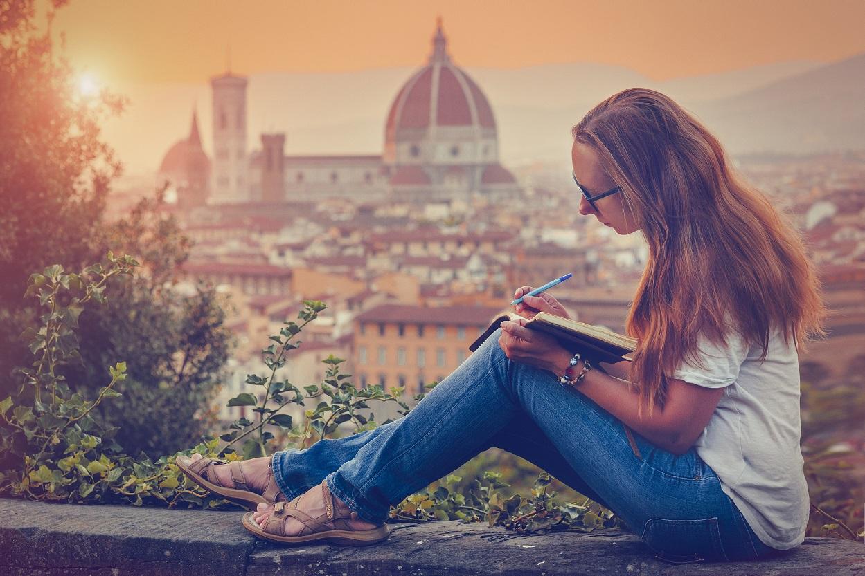 Hablamos con populares travel bloggers sobre sus libros publicados y las lecturas que más les han influido.