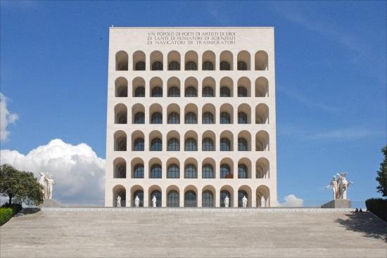 Palacio de la Civilización Italiana, en Eur (Roma)