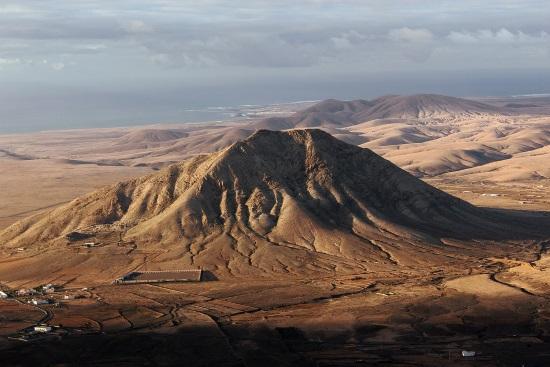 Tindaya, la icónica montaña de Fuerteventura