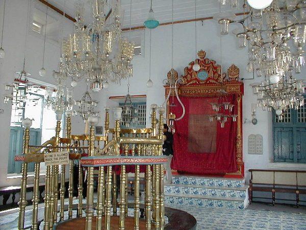 El Arón Kodesh de una sinagoga.