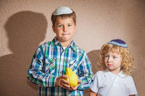 Visitar una sinagoga con niños.