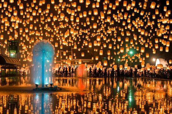 Loy Krathong, celebración en Tailandia