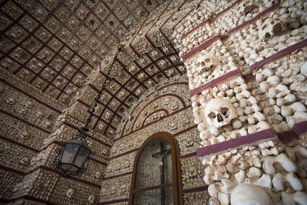 Capilla de los Huesos en Évora (Portugal)