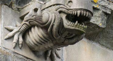 7 detalles insólitos que se esconden en las fachadas de los monumentos