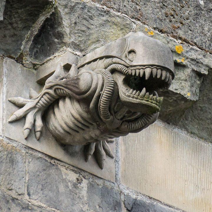 Gárgola Alien en la Abadía Paisley (Escocia)