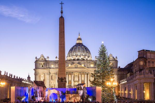 Belén en la Plaza de San Pedro del Vaticano