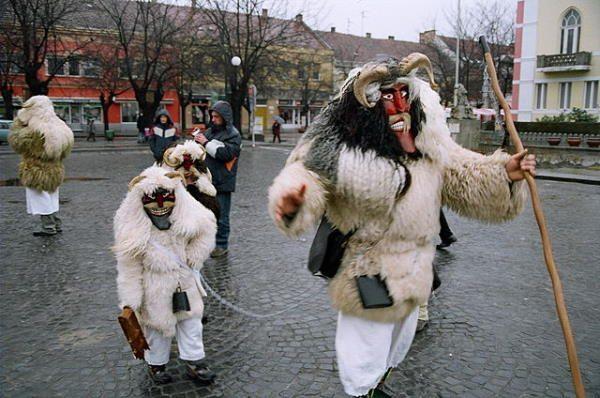 Busójarás, carnaval de Hungría
