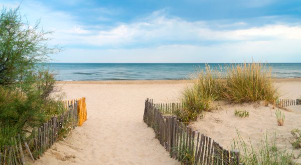 Playa de Petit Travers