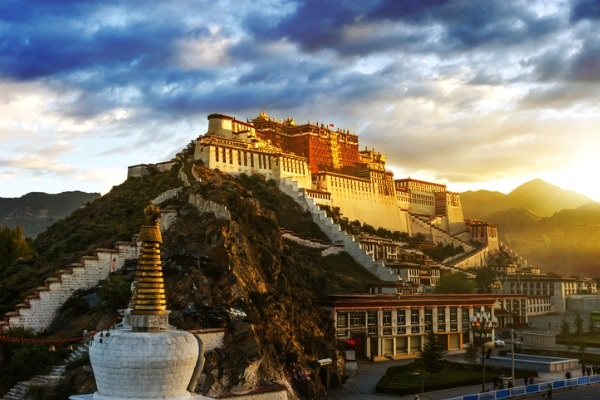 Potala (Lhasa)