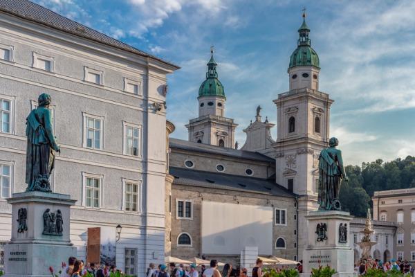 Mozartplatz en Salzburgo